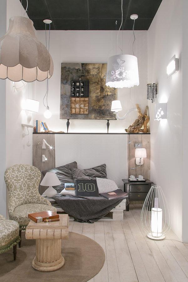 negozio illuminazione design arredamento architettura
